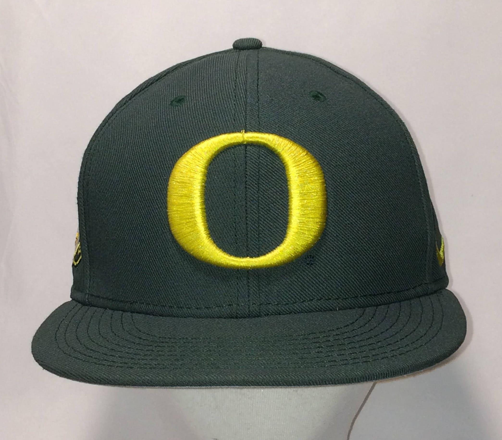 University of Oregon Ducks Baseball Cap Nike Snapback Hat  376405b4103