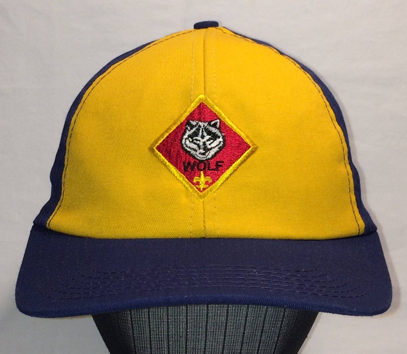1c3ba84f66 Vintage Hats Snapback Baseball Cap Blue Yellow Embroidered Wolf Badge Boy  Scout Scouts Of America Uniform Hat Made In USA T90 N7178