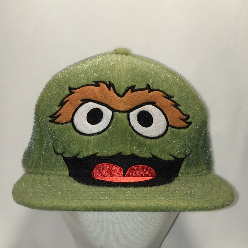 fc1cab4273e Rare Oscar The Grouch Hat Funny Sesame Street Fitted Baseball