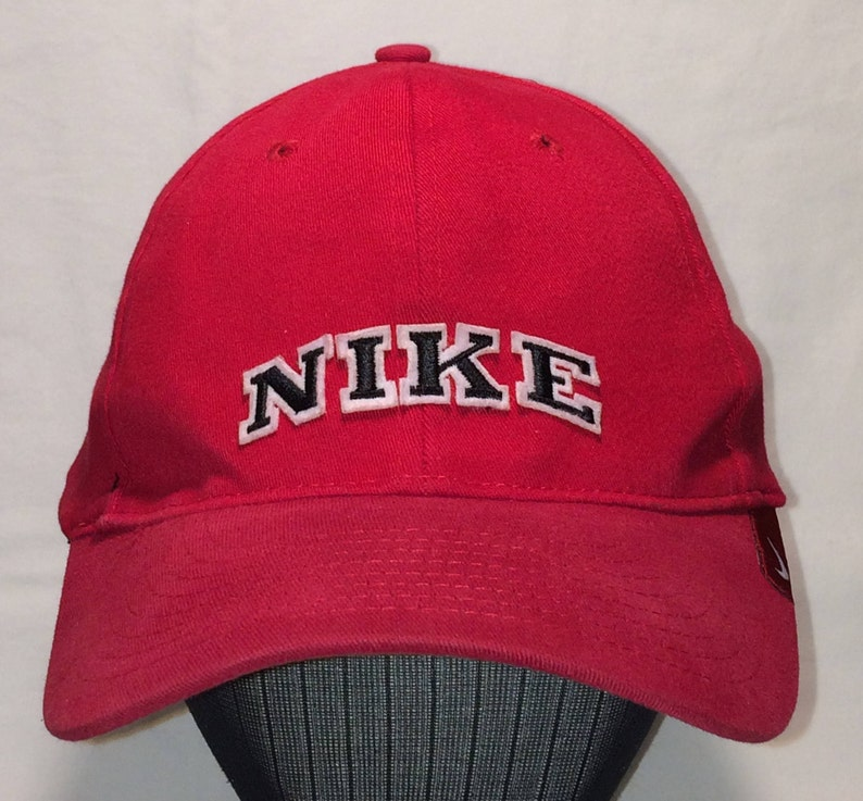 0f50b4dd5 Vintage Nike Hat Red Black Baseball Cap Running Hiking Camping Outdoor  Sports Mens Caps Dad Hats Cool Gifts For Guys T92 D7035