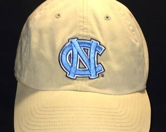 Vintage College Hat University of North Carolina Tar Heels Tarheels NCAA Ball Cap Embroidered NC Baseball Caps Size M/L T58 JL7160