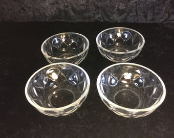 Set of Four (4) Pyrex Bowls