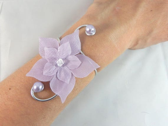 eline bracelet fleur violet mariage etsy. Black Bedroom Furniture Sets. Home Design Ideas
