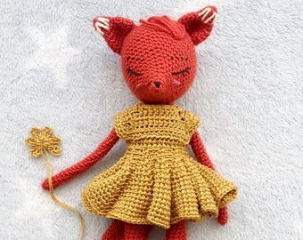 Amigurumi crochet pattern Alicia the foxdoll with a dress and a pair of shoes