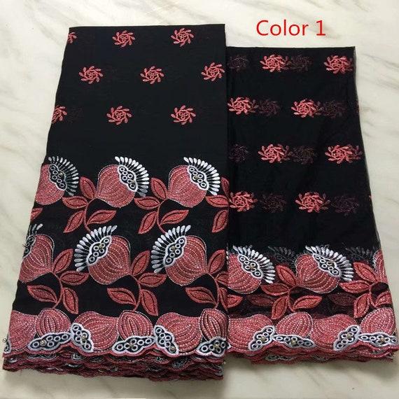 Tissu africain africain Tissu de dentelle en tissu Swiss Voile de dentelle en coton de 5 yards un avec chemisier 2 yards dans ensemble pour robe de mariée eefba9