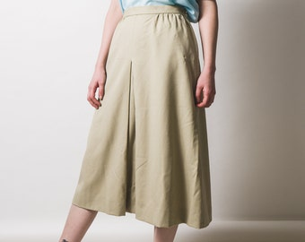 Stone-coloured Jaeger Wool Skirt // classic // luxury brand // made in Britain // approx modern size uk 12-14