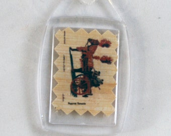 "Traditional Sicilian Papyrus Keychain ""Sicilian Chariot"""
