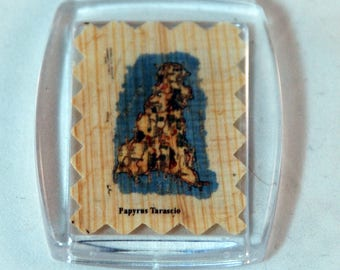 """Traditional Sicilian Papyrus Keychain """"Map of Sicily"""""""