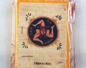 """Traditional Sicilian Papyrus Magnet """"Trinacria"""""""