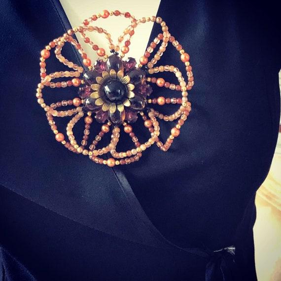 Vintage Fabulous 1940s floral Statement brooch
