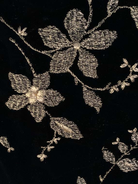 Arnold Scaasi Boutique Black Velvet and Gold Embr… - image 5