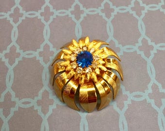 Fabulous Vintage Blue Diamond and Gold Brooch