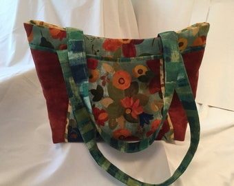 Floral Handbag with Interior and Exterior Pockets