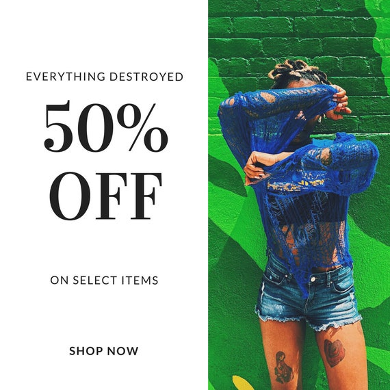 I STAY TRUE BLUE Destroyed Tee