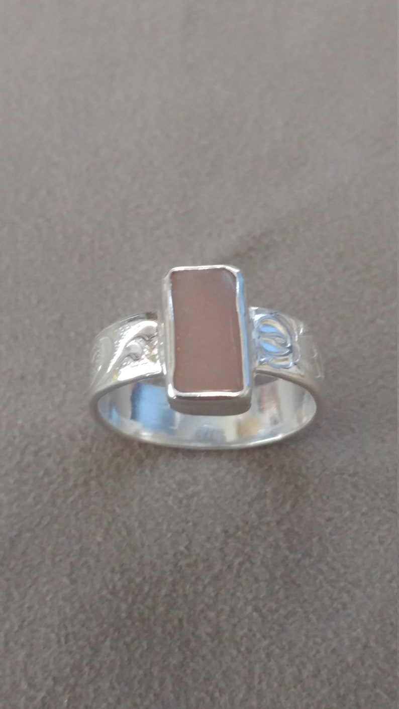 Pink Sun Stone and Pure Silver Textured Band