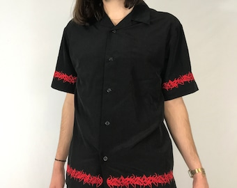 Vintage 90s No Boundaries New with Tags Tribal Print Black and Red Short  Sleeve Button Down Shirt Gothic Emo Size Large 2746afb53