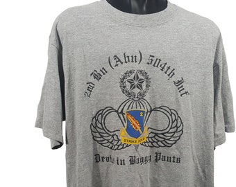 056bfe19 80s 90s 2nd Battallion 504th Parachute Infantry Regiment T-Shirt Size Large  White Devils Devils In Baggy Pants Strike Hold Military Tee Army