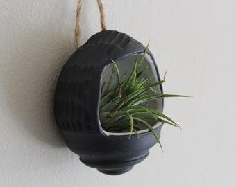 Ceramic Wall Hanging Planter- Ceramic Succulent Gift- Succulent Lover- Air Planter - Black Flower Pot - Modern Handmade -Plant/Indoor Garden