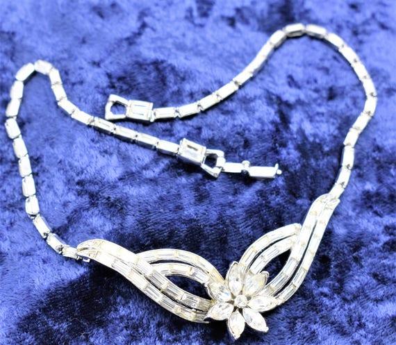 Corocraft Rhinestone Necklace- 1940's Floral Desig
