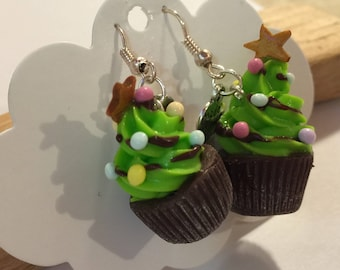 Way cupcake polymer clay Christmas tree