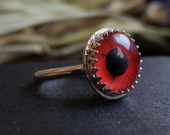 Red Glass Eye Ring Size 4.25 | Sterling Silver