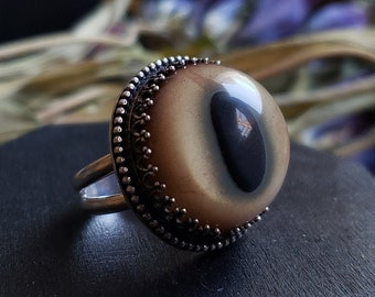 Bobcat Glass Eye Ring Size 8 | Sterling Silver