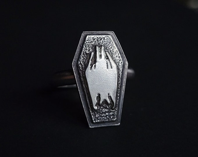 Coffin & Hanging Bat Sterling Silver Ring   Size 6