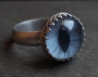 Blue Cat Eye Ring   Size 6.5   Sterling Silver