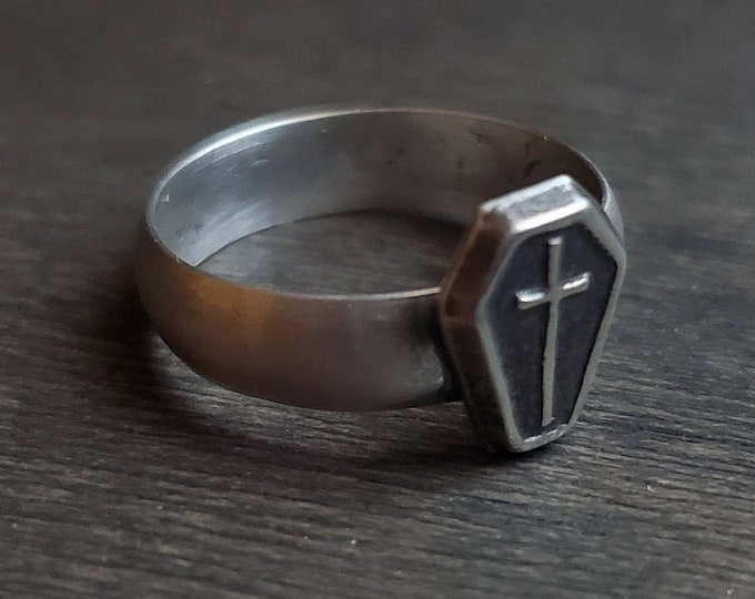 Coffin & Cross Sterling Silver Ring | Size 4.75