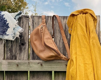Fannypack purse woman Leather belt bag Crossbody waist bag Soft tan leather