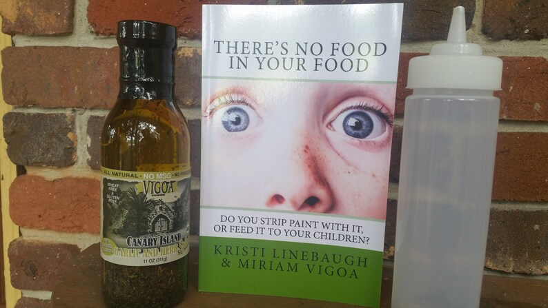 Extra Virgin Olive Oil Garlic and Herb Bundle with Book image 0