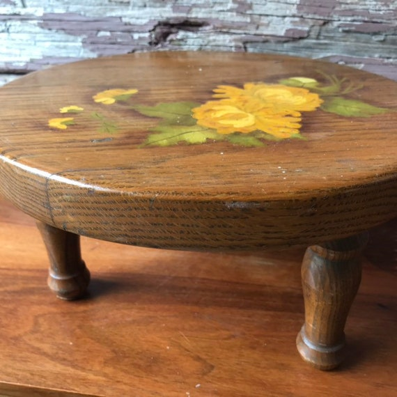 Groovy Vintage Wooden Footstool Ottoman Stool Stepstool Handpainted Yellow Roses Pdpeps Interior Chair Design Pdpepsorg