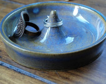 Unique gift ideas; gift for mom; jewelry ring dish; blue ring dish; ceramic ring dish; blue ceramic dish; jewelry holder; ring honder