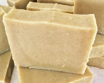 Natural citronella soap, handmade with olive oil, biodegradable and perfumed with essential oils