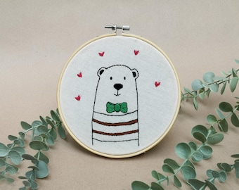 Mr Bear with a stylish bow tie // modern hand embroidery // cute animal embroidery // wall decor for nursery. living room // hearts