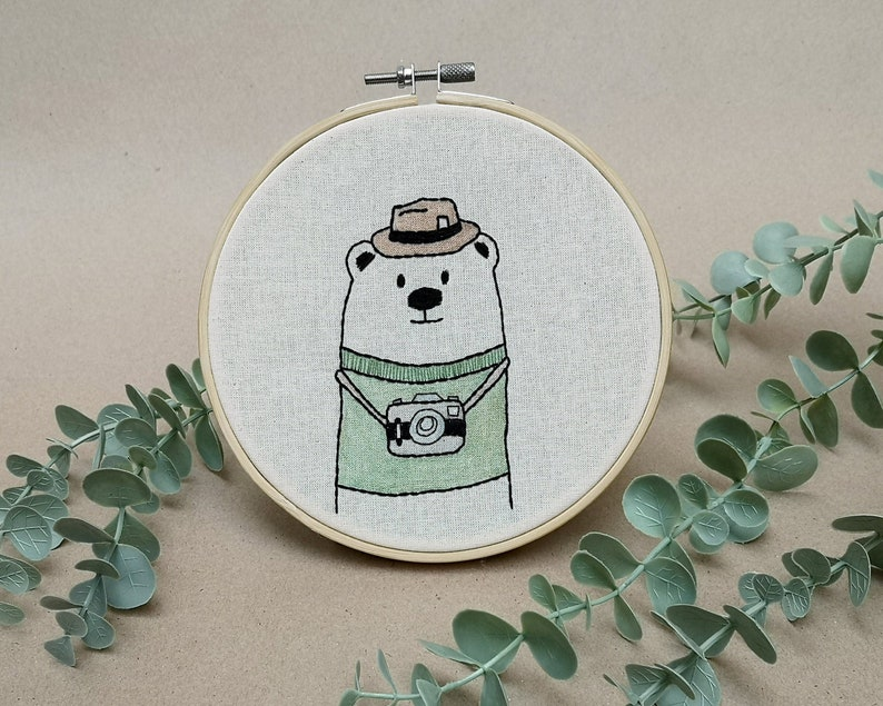 Mr Bear the photo journalist // modern hand embroidery // cute image 0