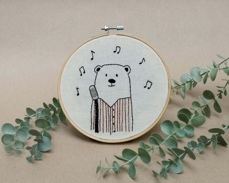 Mr Bear the jazz singer // modern hand embroidery // cute image 0