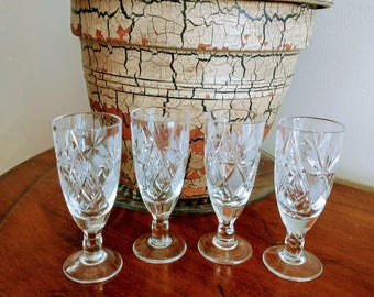 Vtg Lead Crystal  Shot Glasses/Hand Cut Crystal Shot Glasses/Set Of 4 Crystal Liqueur Glass/Crystal Barware/Crystal Vodka Glasses/No.332