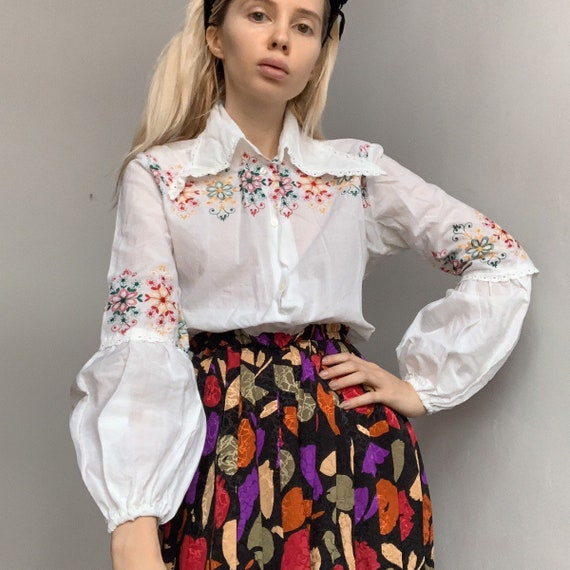Vintage 70s hand embroidered blouse shirt prairie