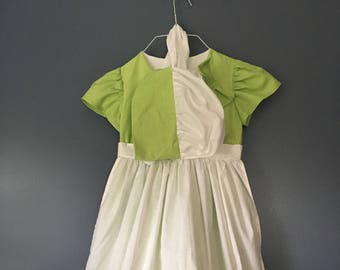 Girls Dress Size 3T Handmade Little House on The Prairie Pioneer Dress with Matching Bonnet Green Summer Dress with accessories Clothing Set
