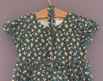 Prairie Dress | Little House on the Prairie Fabric | Green with Lilies | Size 5T and Size 6 | with Bonnet