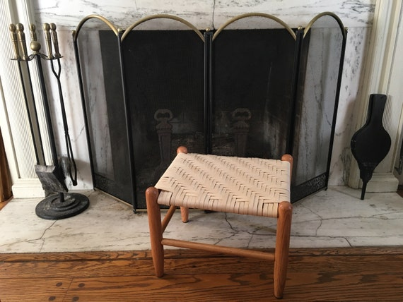 Gewebte Hocker Marke Medium neue englische Hocker Möbel Schienenweben Lack Lack Finish Vintage aussehende Pionier Hocker Kinder Bank