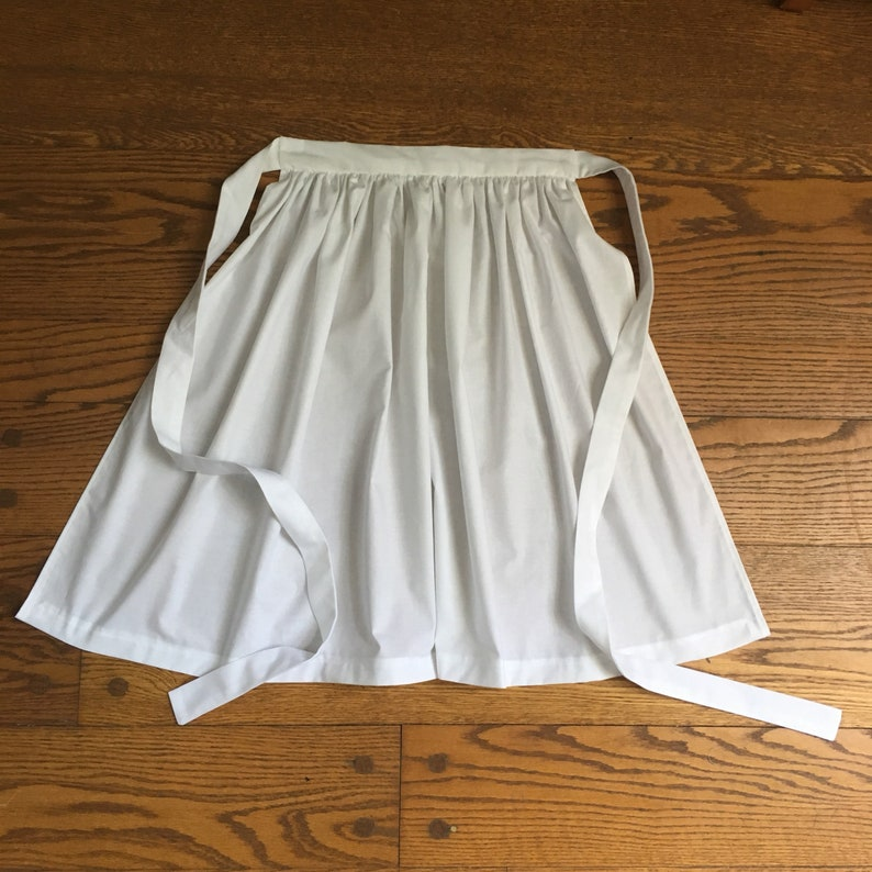 Prairie Aprons Sizes 4-10 Girls Size 4 5 6 7 8 and 10 image 0