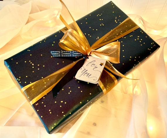 Giftwrap option Gold with Stars giftwrapping option