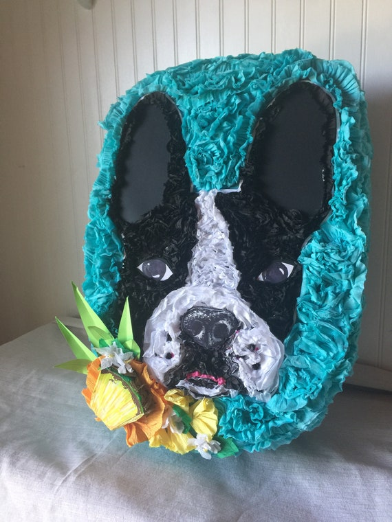 Custom piñata made to order!  Please send me a message with your idea and I will make it happen!