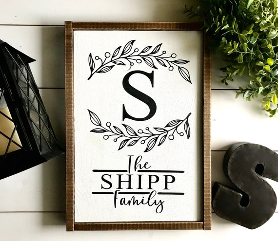 Farmhouse Sign | Personalized Family Wreath Wood Sign | Custom Family Name Sign | Monogram Family Sign | Fixer Upper | Modern Farmhouse