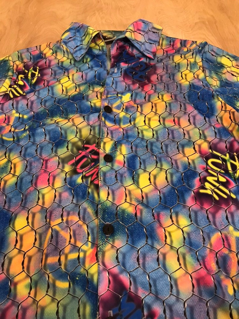 90/'s Graffitti Button Up Collared Shirt
