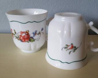 Vintage Arcopal Franch Cups