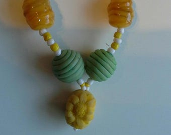 Yellow sunflower bead necklace