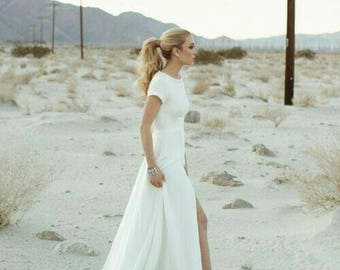 Yours And Mine Bridal 2018 Royal Wedding Dress Megan Minimal Modest Off White Short Sleeves Small Train Custom Made In The USA